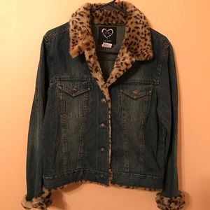 XoXo leopard faux fur denim jacket